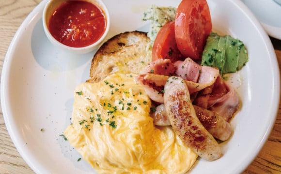 """【東京咖啡廳】位於自由之丘的""""LATTE GRAPHIC"""",在此享受奢侈的環境,品嚐海岸風美味早餐吧 東京咖啡廳、"""