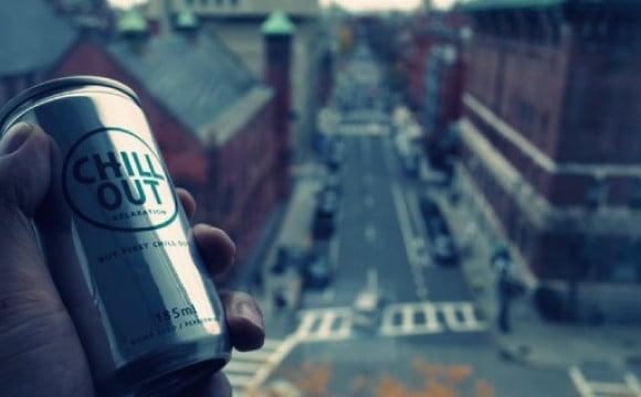 忙碌的你需要的不是能量而是放鬆。來自日本的Relaxation飲料「CHILL OUT」推出可樂口味! 可樂、飲料、