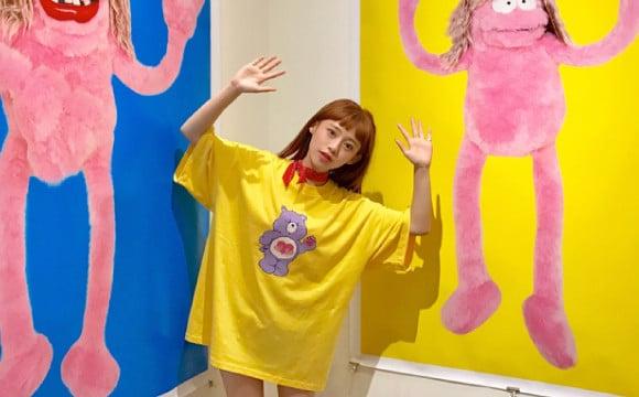 正在台北舉辦的卡莉怪妞展現場情況 由台灣模特兒紀卜心來向各位報告! 卡莉、台灣、