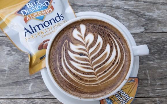 STREAMER COFFEE推出使用杏仁奶製成的『California Latte』新上市 streamercoffee、咖啡、