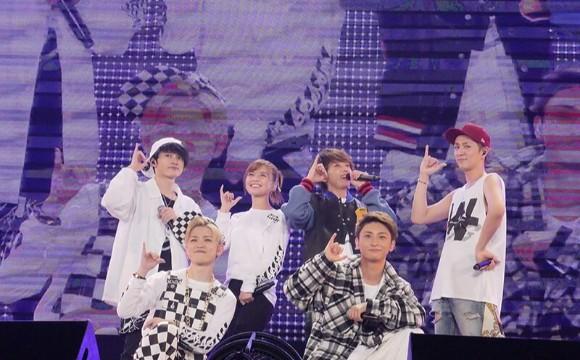 在福岡巨蛋迎來AAA首次舉辦的4大巨蛋巡演・最終場公演報告 DOME TOUR、