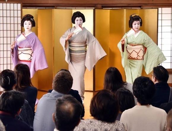 融合傳統及現代的「神樂坂町舞台・大江戶巡禮 2017」! 在神樂坂、藝妓、