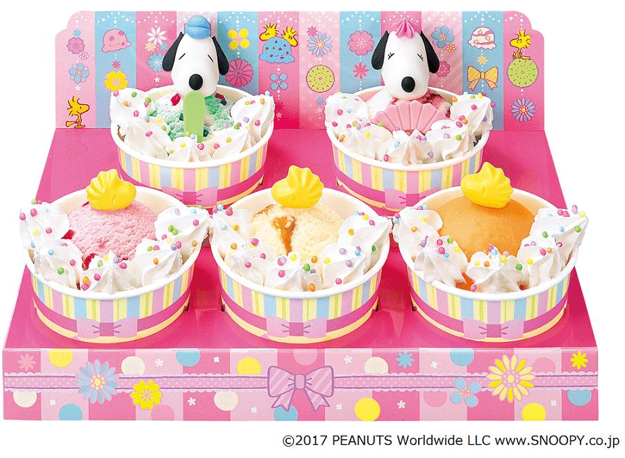 """31冰淇淋「""""SNOOPY""""雛壇裝飾」限定販售 31冰淇淋、甜點、"""