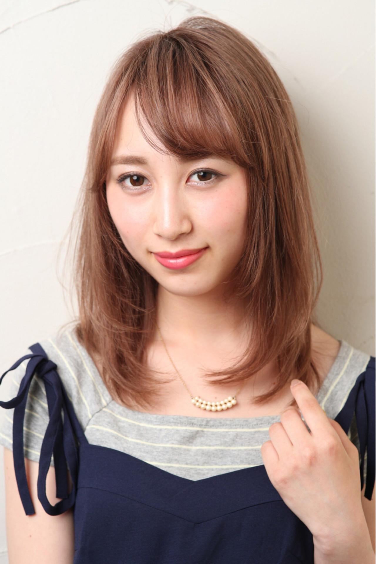 偏明亮的半長直髮內卷多層次造型 Mizuki Ito