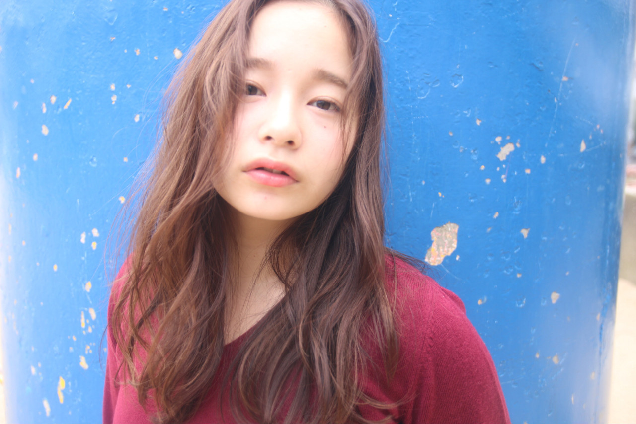 惹人愛♡鬆軟輕柔卷度的長髮造型 松谷 聖史