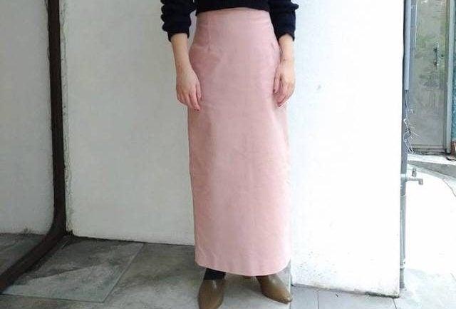 露出腿部肌膚好害羞,專為輕熟女伶設計的中長裙4選