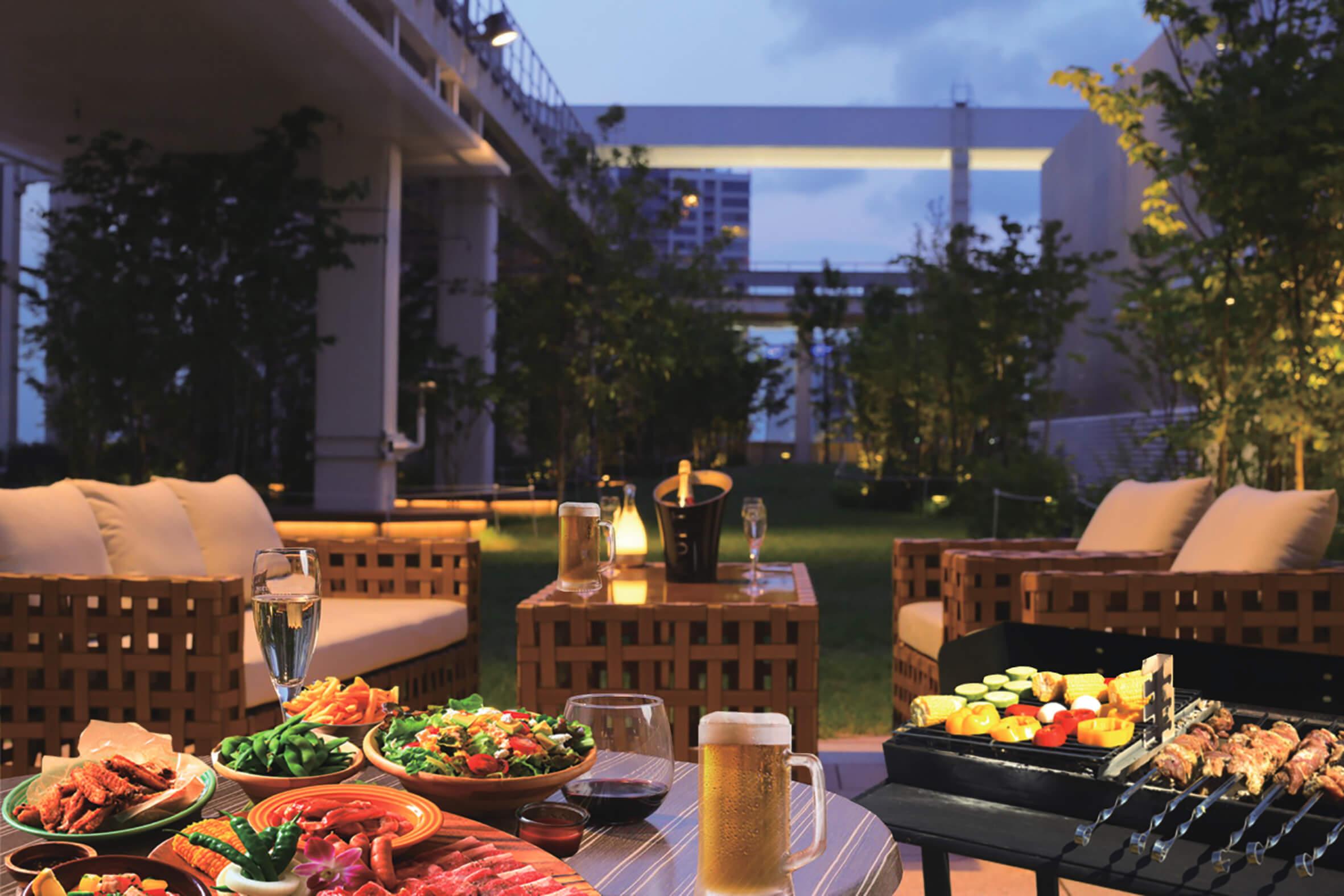 露天酒吧於六本木的屋頂庭園新開幕!兩手空空輕鬆去烤肉吧 在六本木、酒吧、