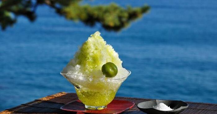 界 熱海(静岡・伊豆山温泉) 梅蜜塩かき氷