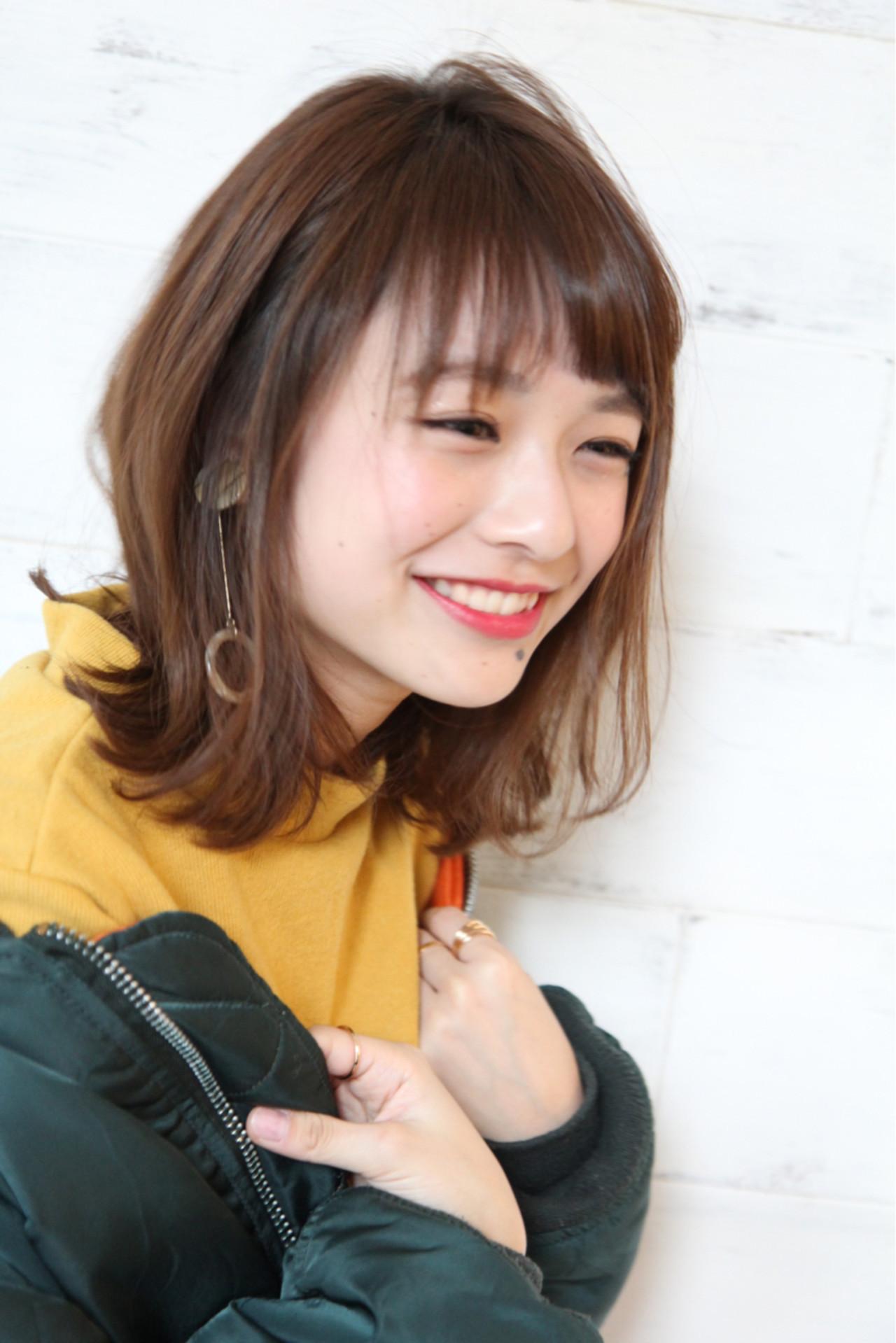分け目を変えて、イメチェンを図る 眞鳥康史/joemi by Un ami
