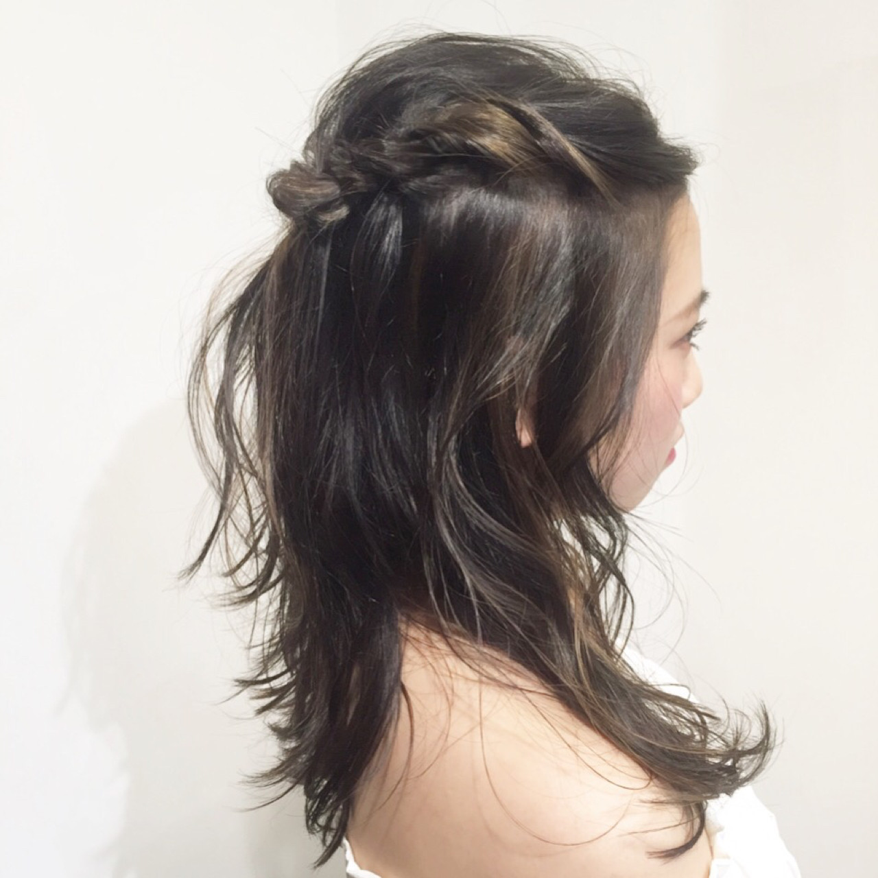 長長的前髪也能變身時尚!中長編髮造型 miyuki saito