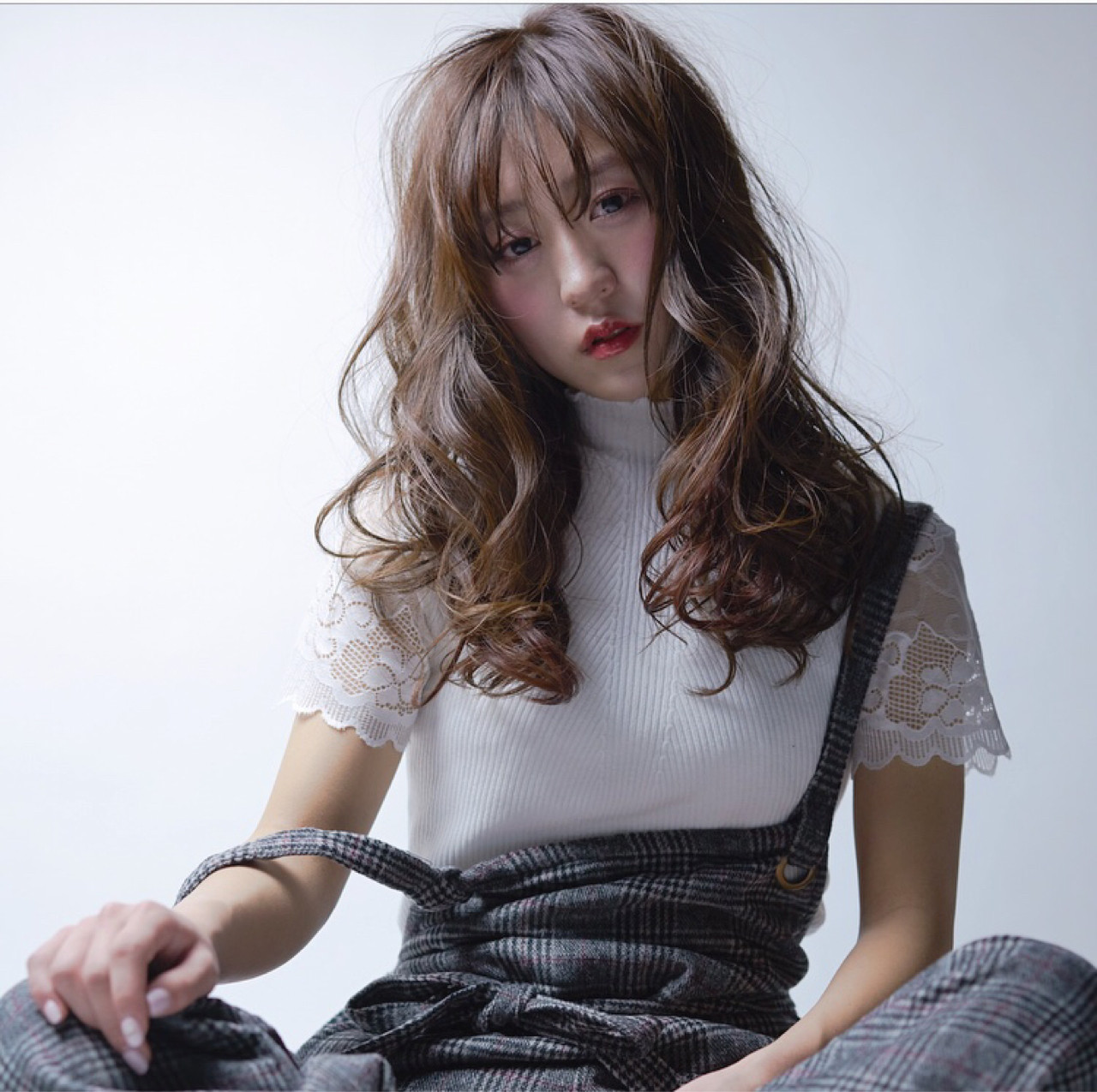 即使是無分邊前髮,只要剪成穿透感瀏海,就也不會太顯厚重! Rico Mikami