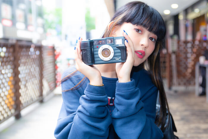 日本文化體驗  #4 尋覓觀望已久的底片相機!前往新宿的中古相機店 在新宿、相機、菅沼俞利、