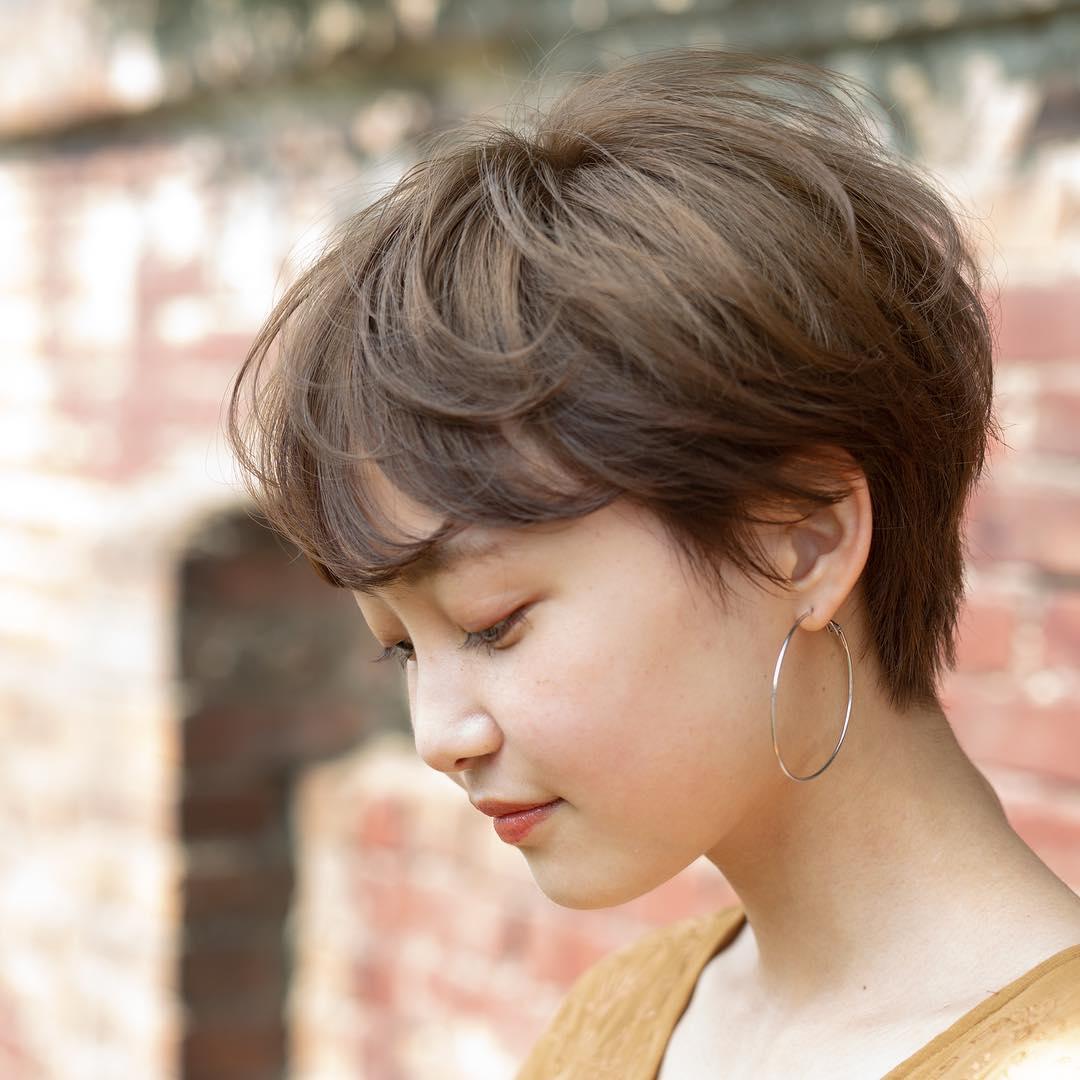 绝对值得剪发前参考的日本女生2019人气短发造型图片