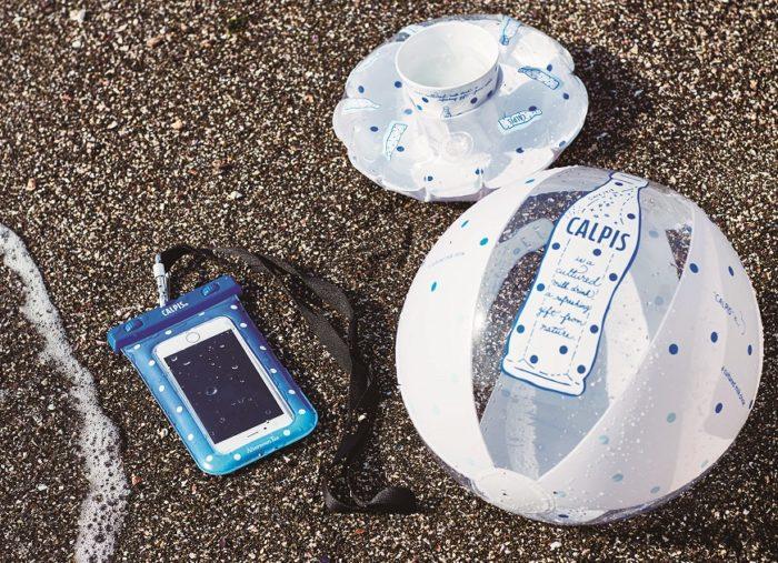 可爾必思 x Afternoon tea 聯名商品 防水、充氣杯套、海灘球
