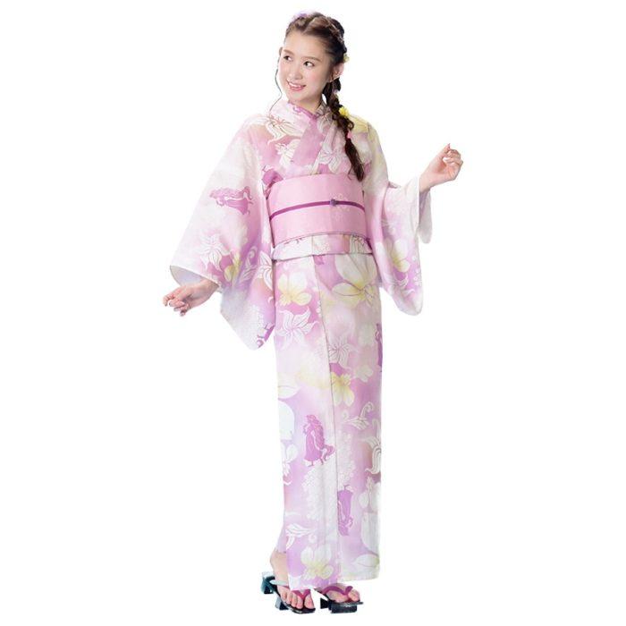日本迪士尼網路商店浴衣特輯公主系列浴衣長髮公主粉色菖蒲浴衣模特兒照
