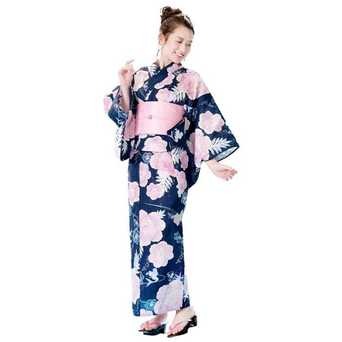 日本迪士尼網路商店浴衣特輯公主系列浴衣小美人魚藍色牡丹浴衣模特兒照