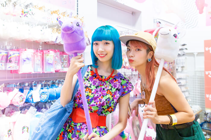 矢部優奈和MIOCHIN帶你逛原宿!介紹原宿的平價雜貨 在原宿、平價雜貨、