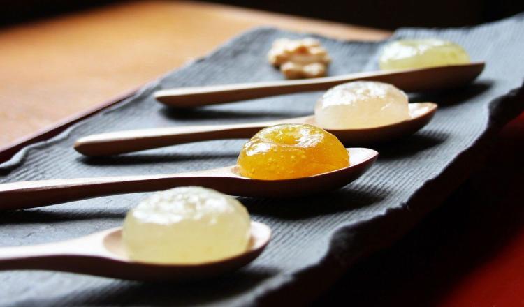 京都人氣伴手禮「蕨餅串」的新商品「水果蕨餅」、「蕨餅汽水」新發售 在京都、甜點、