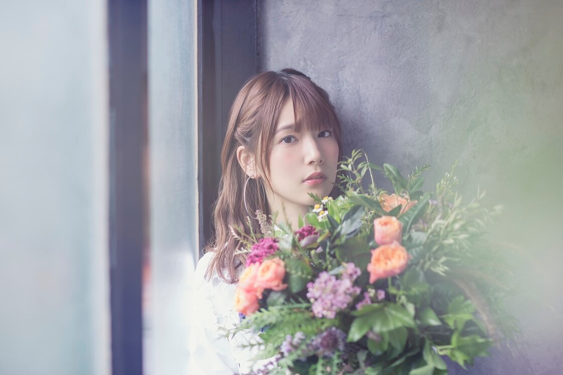 內田真禮演唱的電視動畫『SSSS.GRIDMAN』片尾曲「youthful beautiful」形象照公開 內田真禮、