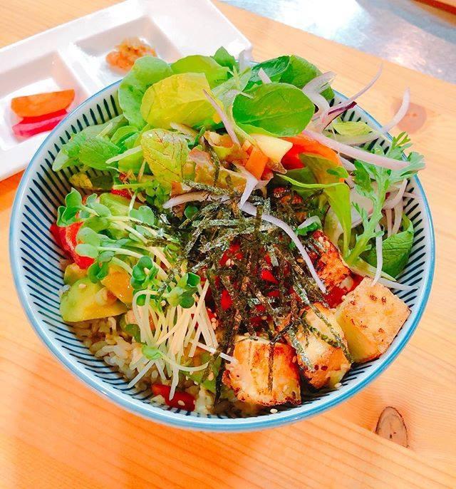 日本東京表參道素食餐廳たまな食堂tamana restaurant每日菜單酪梨丼