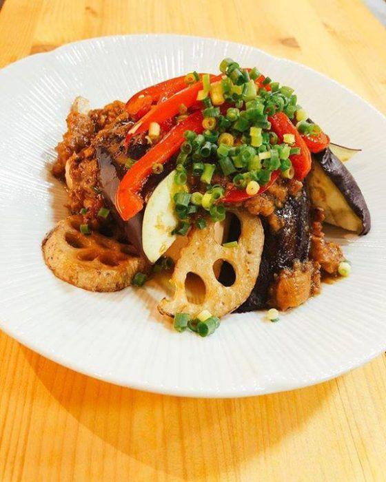 日本東京表參道素食餐廳たまな食堂tamana restaurant每日菜單炒茄子