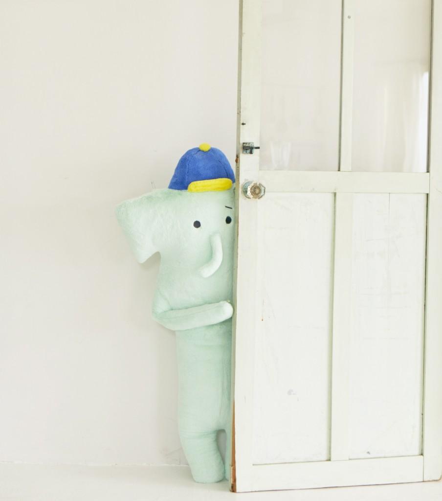 CRAFTHOLIC宇宙人大象抱枕