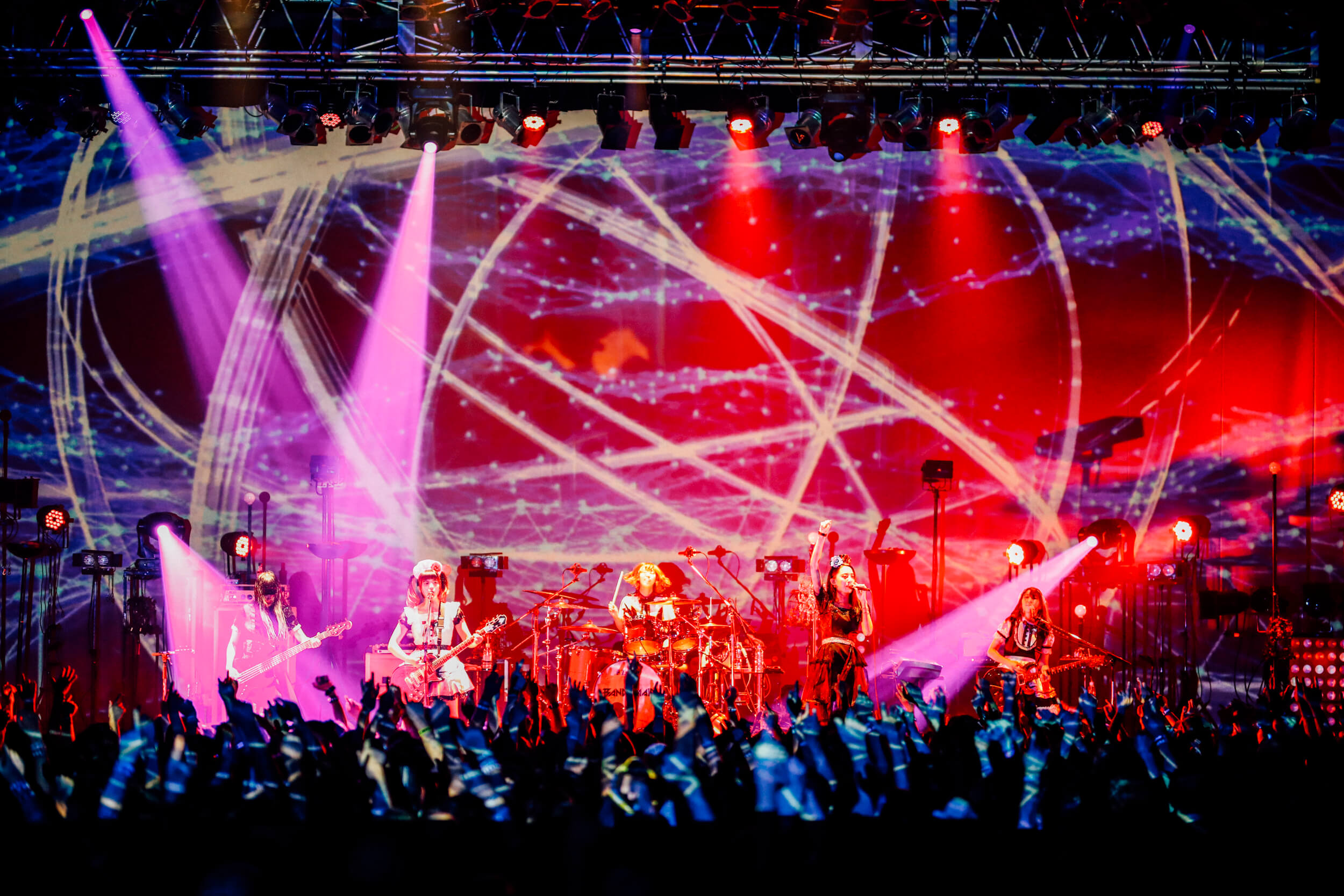 BAND-MAID精彩表演拉開全國巡迴序幕 BAND-MAID_、