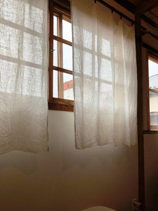 SARUYA房間窗戶