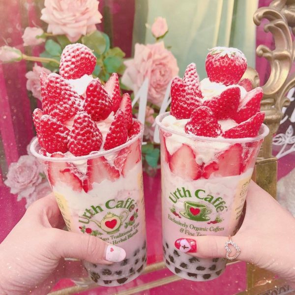 Urth Caffé草莓珍奶