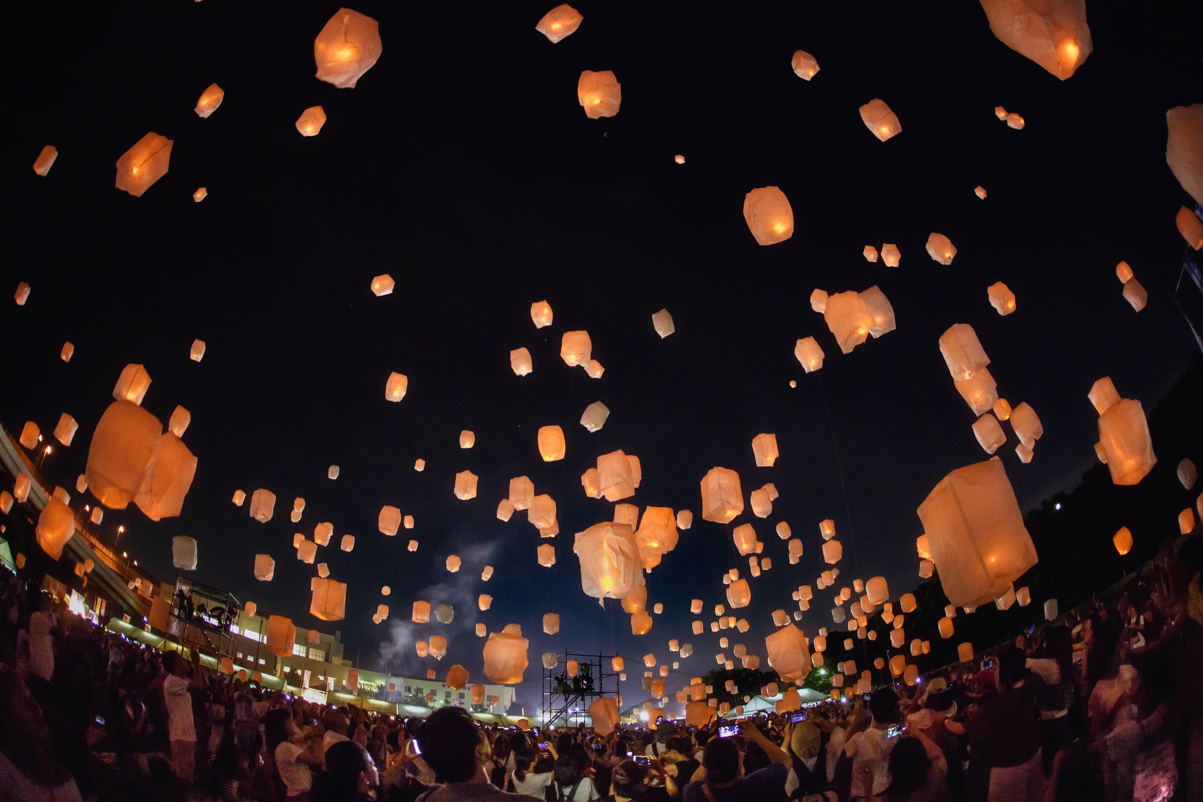 幻想的冬天的天燈!和歌山遊艇城 「Festa Luce」 和歌山_、