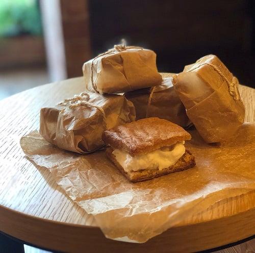 優格冰淇淋三明治