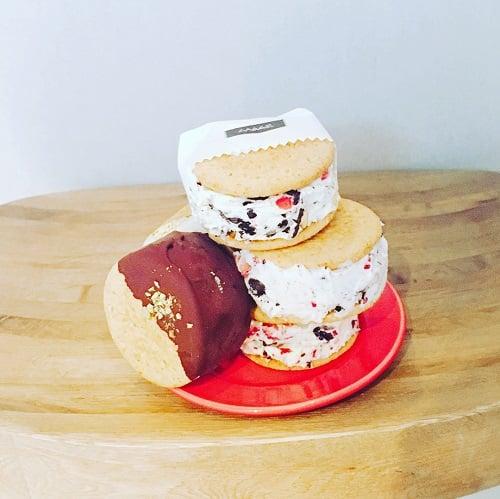 冰淇淋三明治餅乾