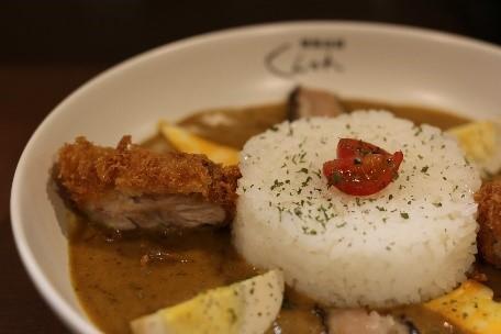 喜愛燻製料理的各位必看!勳製咖哩店「くんかれ」將在赤坂翻修開幕 咖哩、在赤坂、