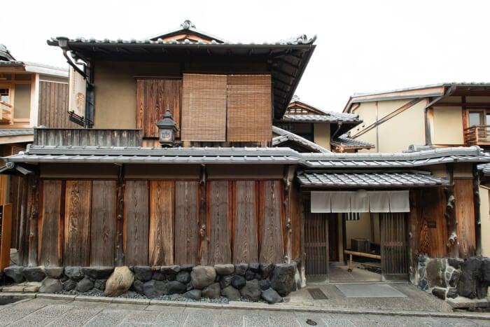 改造成日本家屋的「星巴克京都二寧坂YASAKA茶屋店」 榮獲京都景觀賞 在京都、星巴克、