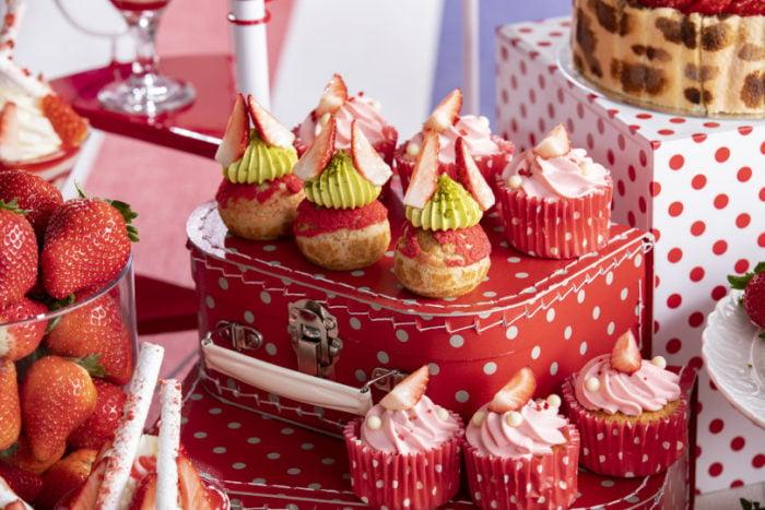 草莓泡芙與草莓杯子蛋糕