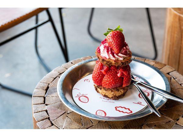 「ichigo」草莓泡芙與咖啡