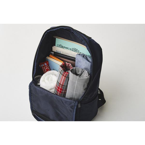 moz大容量後背包內裡