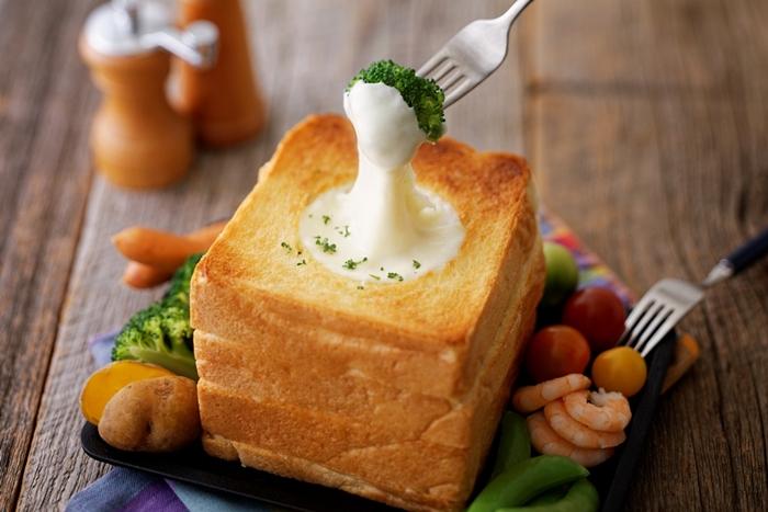 自由之丘咖啡廳「MILKLAND HOKKAIDO → TOKYO」 餐點 北海道蔬菜起司麵包盅