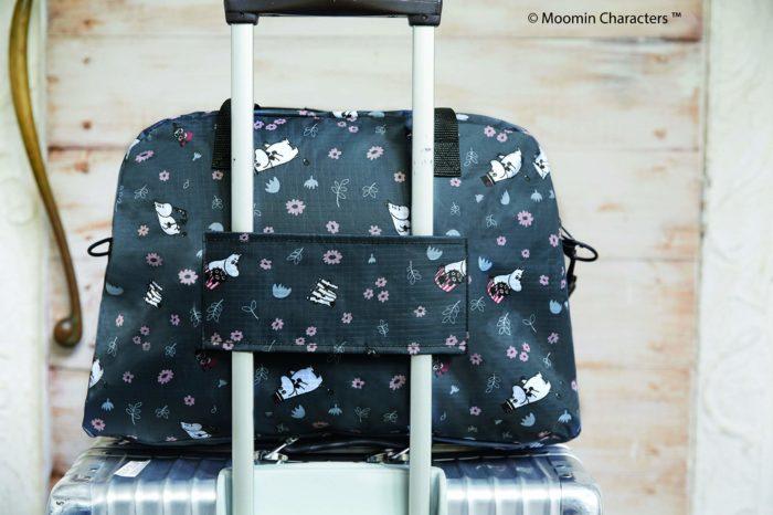 MOOMIN波士頓包搭配行李箱使用