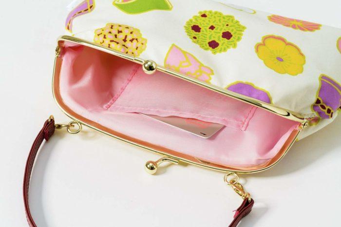 3WAY和果子圖案珠扣包內裡