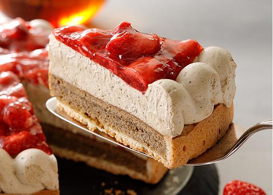 日本星巴克4/11上市草莓蛋糕