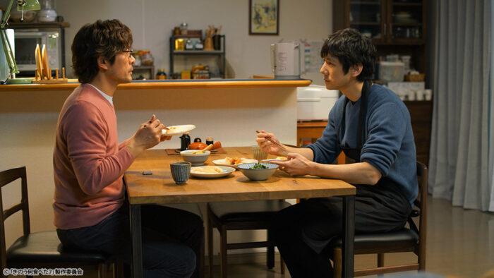 劇中相當重要的餐桌場景
