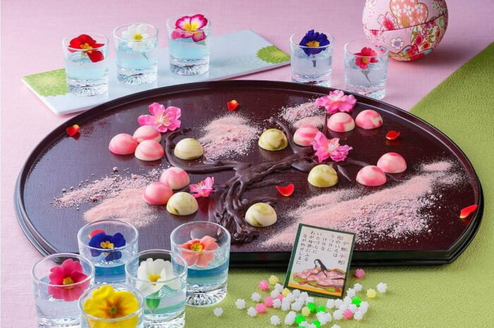 「百人一首甜點吃到飽」和洋折衷夢幻甜點天堂