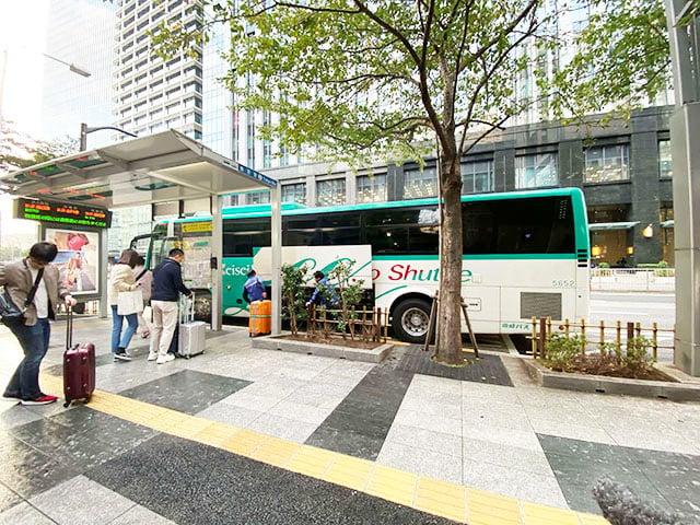 1000日圓巴士!成田機場到東京市內最經濟實惠的方式!三分鐘讓你了解如何訂票、搭乘位置。